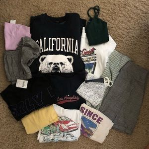Brandy Melville boxes